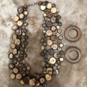 WOOD BEADED 3 LAYERED NEXKLACE & HOOP EARINGS